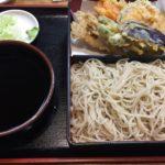 日本の夏は蕎麦にビール / そば処 満る賀 野菜天ぷらそば